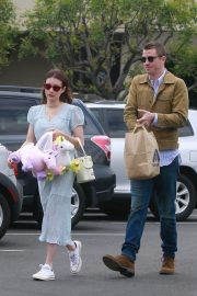 Emma Roberts and Garrett Hedlund Out on Easter in Los Angeles 2019/04/21 13