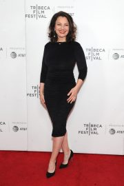 Fran Drescher at 2019 Tribeca Film Festival Premiere in New York 2019/04/29 3