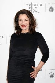 Fran Drescher at 2019 Tribeca Film Festival Premiere in New York 2019/04/29 5