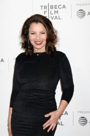Fran Drescher at 2019 Tribeca Film Festival Premiere in New York 2019/04/29 6
