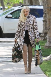 Gwen Stefani Arrives at Her Parents House in Los Angeles 2019/04/21 5