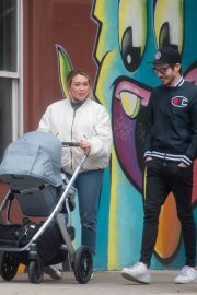 Hilary Duff and Matthew Koma Out in New York 2019/04/29 5
