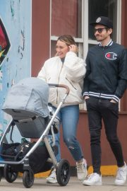 Hilary Duff and Matthew Koma Out in New York 2019/04/29 7