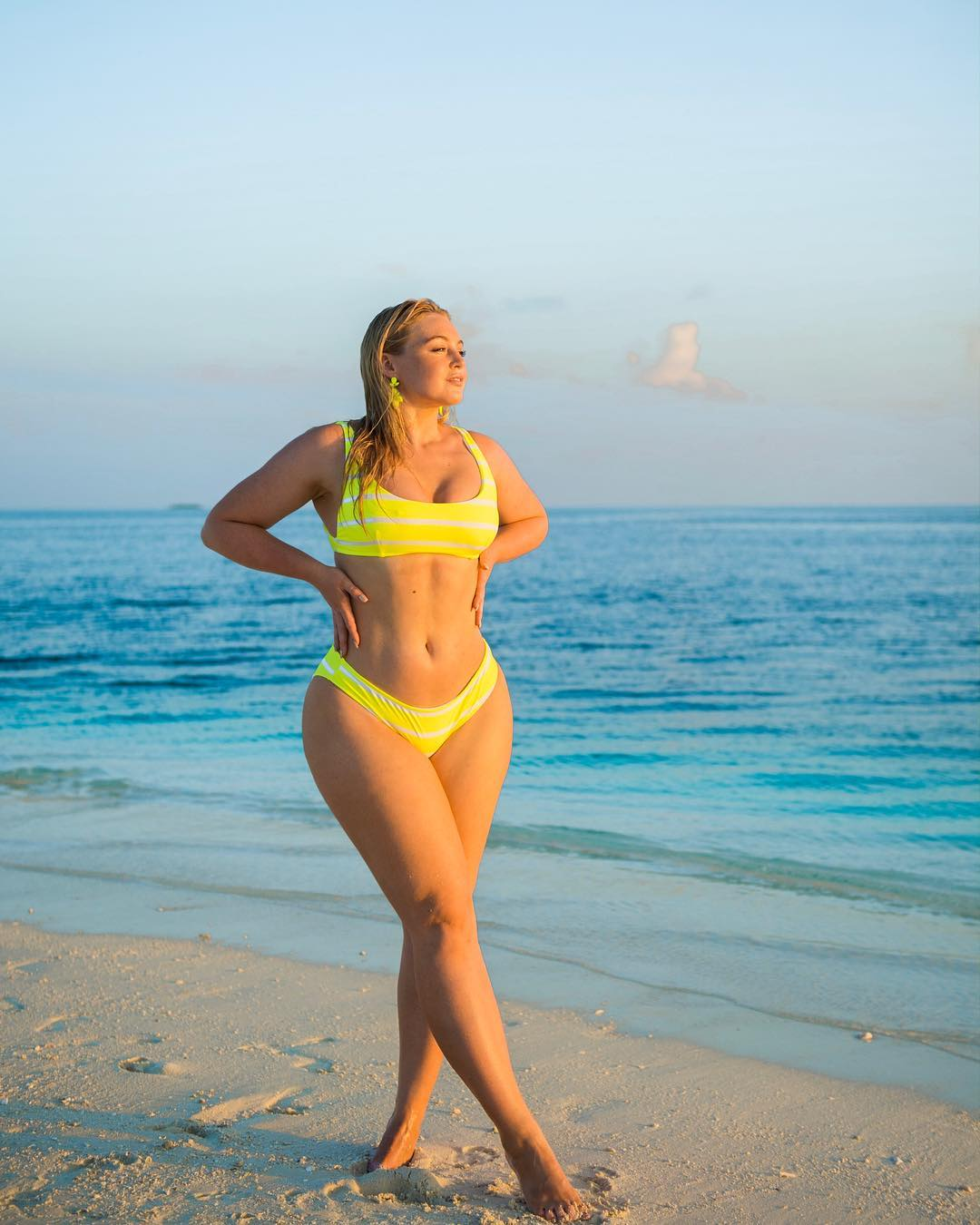 Iskra Lawrence in Bikini at Beach in Maldives 1