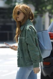 Isla Fisher in Denim Out and About in Los Angeles 2019/04/25 1