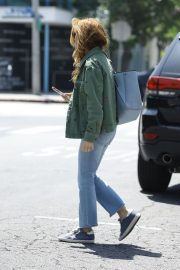 Isla Fisher in Denim Out and About in Los Angeles 2019/04/25 12