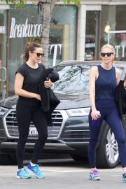 Jennifer Garner at going for coffee after hitting the Gym in Brentwood 2019/04/27 16