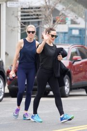 Jennifer Garner at going for coffee after hitting the Gym in Brentwood 2019/04/27 22