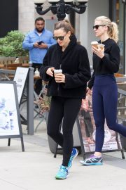 Jennifer Garner at going for coffee after hitting the Gym in Brentwood 2019/04/27 48
