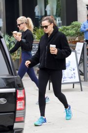 Jennifer Garner at going for coffee after hitting the Gym in Brentwood 2019/04/27 49