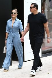 Jennifer Lopez and Alex Rodriguez Out for Lunch in Miami 2019/04/20 1
