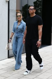 Jennifer Lopez and Alex Rodriguez Out for Lunch in Miami 2019/04/20 2
