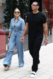 Jennifer Lopez and Alex Rodriguez Out for Lunch in Miami 2019/04/20 8
