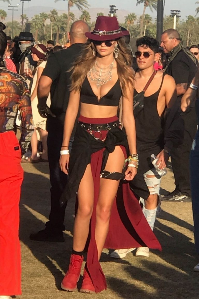 Josephine Skriver at Coachella Valley Music and Arts Festival in Indio 2019/04/21 1