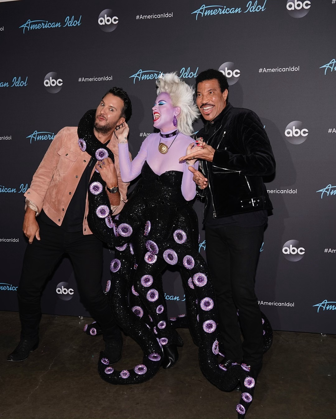 Katy Perry dresses up on cringeworthy Disney night in American Idol 1