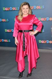 Kelly Clarkson at Uglydolls Photocall in Beverly Hills 2019/04/13 5