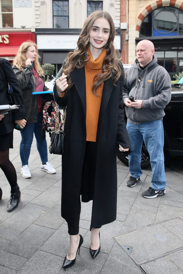 Lily Collins Arrives at Global studios for radio interviews in London 2019/04/29 1