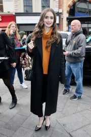 Lily Collins Arrives at Global studios for radio interviews in London 2019/04/29 2