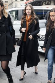 Lily Collins Arrives at Global studios for radio interviews in London 2019/04/29 3