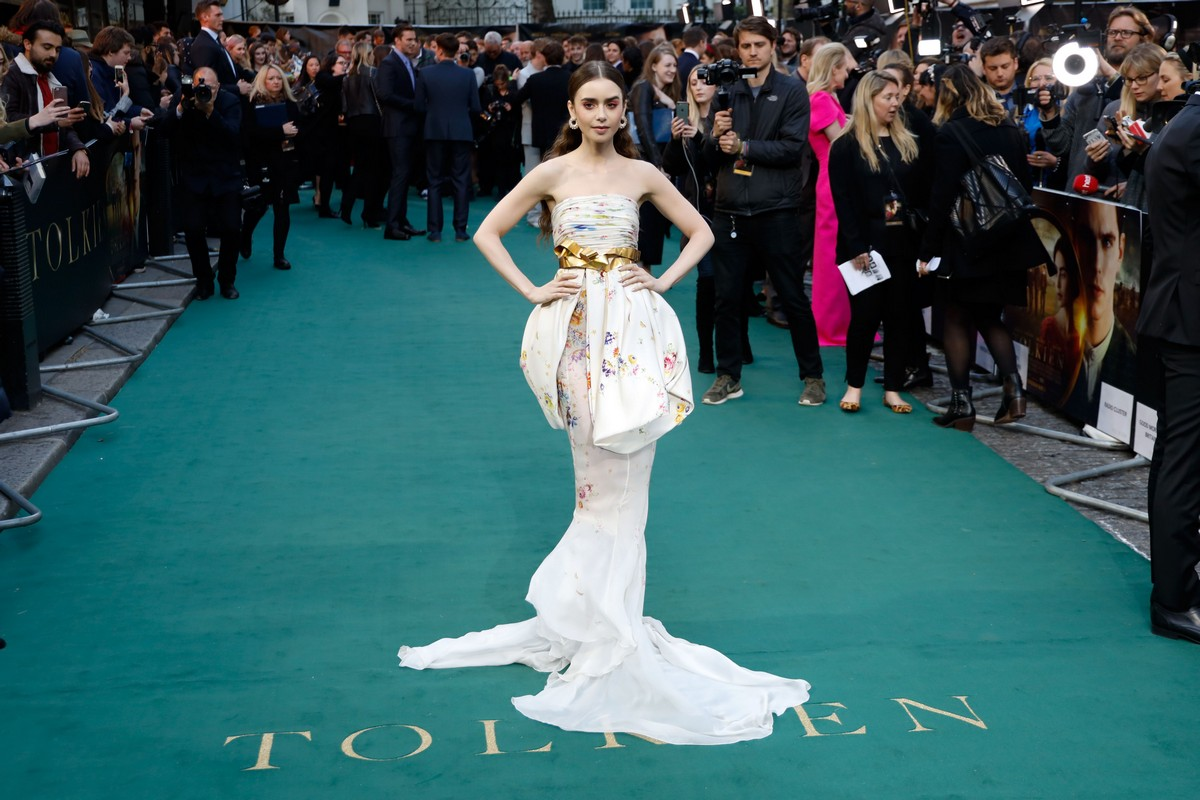 Lily Collins Arrives UK Premiere of the Film Tolkein in London 2019/04/29 1