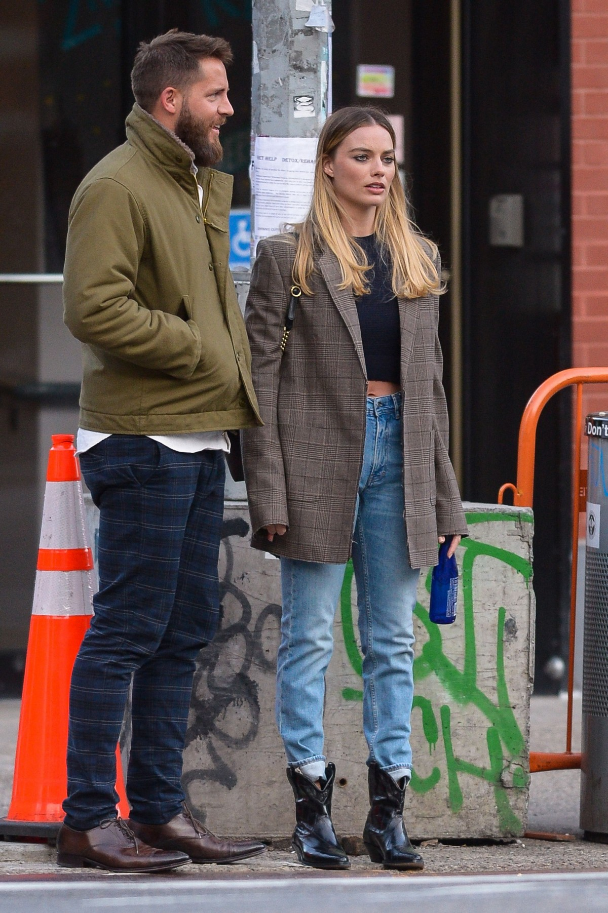 Margot Robbie and Tom Ackerley Out in New York 2019/04/28 1