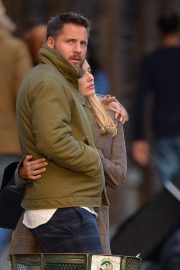 Margot Robbie and Tom Ackerley Out in New York 2019/04/28 4