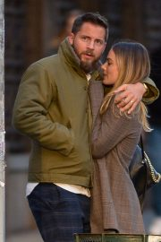 Margot Robbie and Tom Ackerley Out in New York 2019/04/28 9