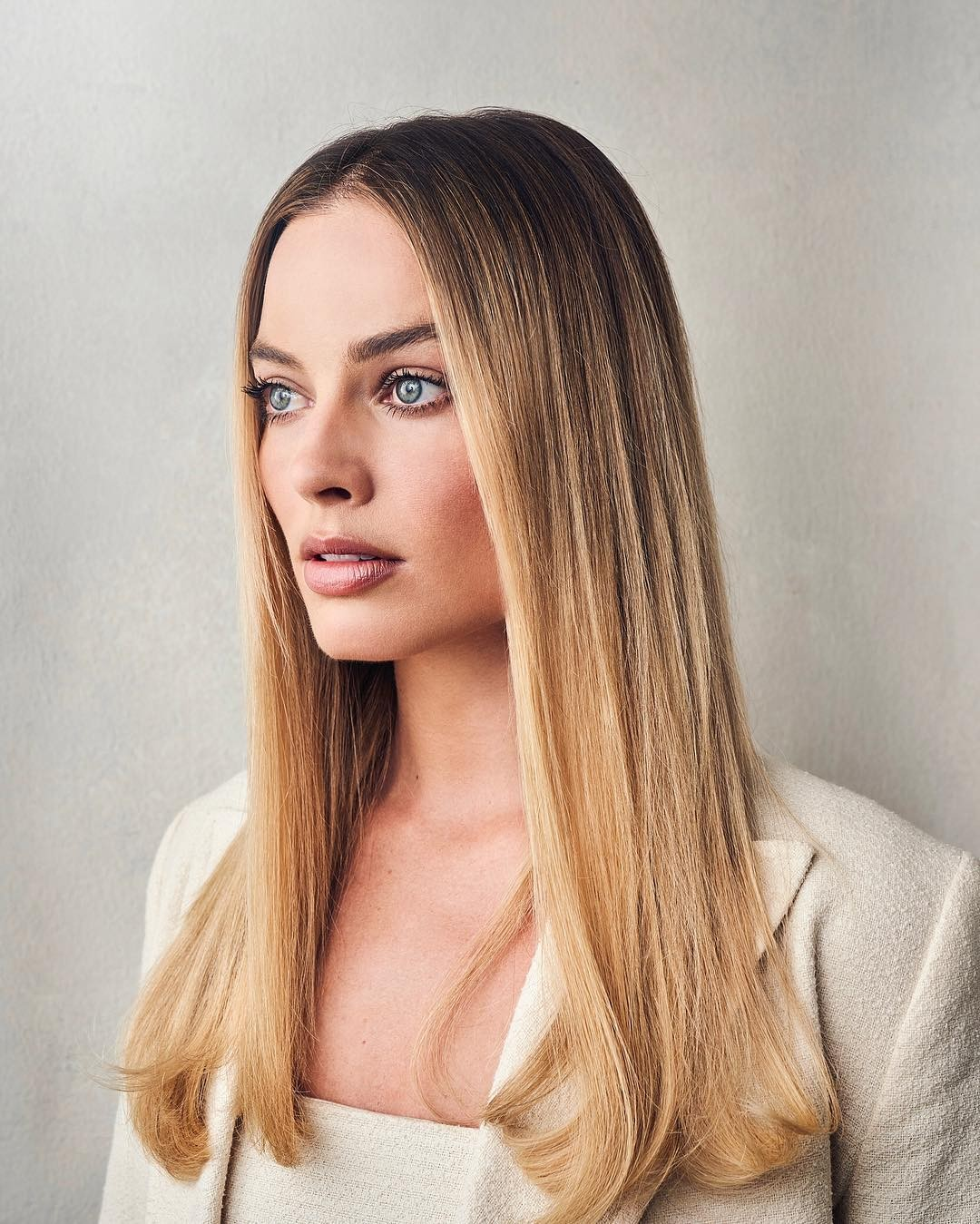 Margot Robbie at 2019 Tribeca Film Festival Portraits, April 2019 1