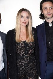 """Margot Robbie at """"Dreamland"""" Premiere During the 2019 Tribeca Film Festival in New York City 2019/04/28 4"""
