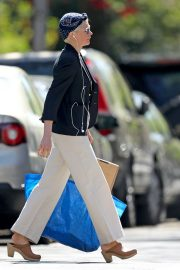 Michelle Williams Shopping Out in Los Angeles 2019/04/30 25