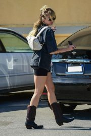 Miley Cyrus Out and About in Studio City 2019/04/25 3