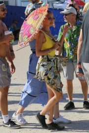 Nicole Richie at the New Orleans Jazz and Heritage Festival 2019/04/27 1
