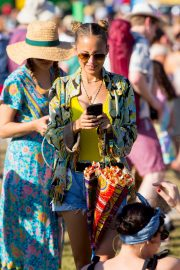 Nicole Richie at the New Orleans Jazz and Heritage Festival 2019/04/27 8