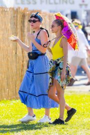 Nicole Richie at the New Orleans Jazz and Heritage Festival 2019/04/27 14