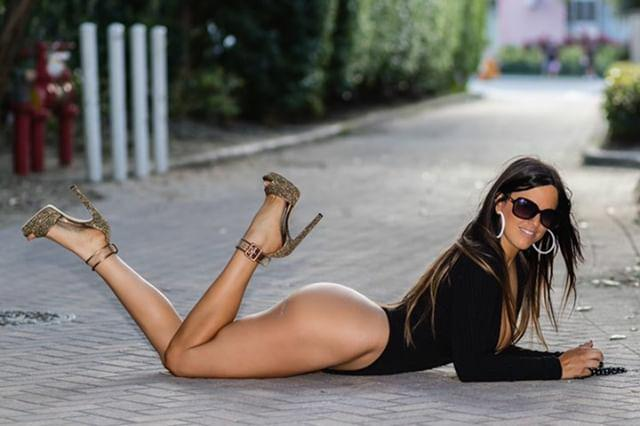 Photos Of Claudia Romani Celebrated Her Birthday Last Week in Miami 3