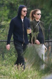 Pregnant Kate Mara and Jamie Bell Out in Silver Lake 2019/04/20 3