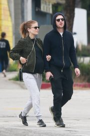 Pregnant Kate Mara and Jamie Bell Out in Silver Lake 2019/04/20 6