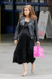 Pregnant Kate Mara Out a Grocery Store in Los Angeles 2019/04/28 10