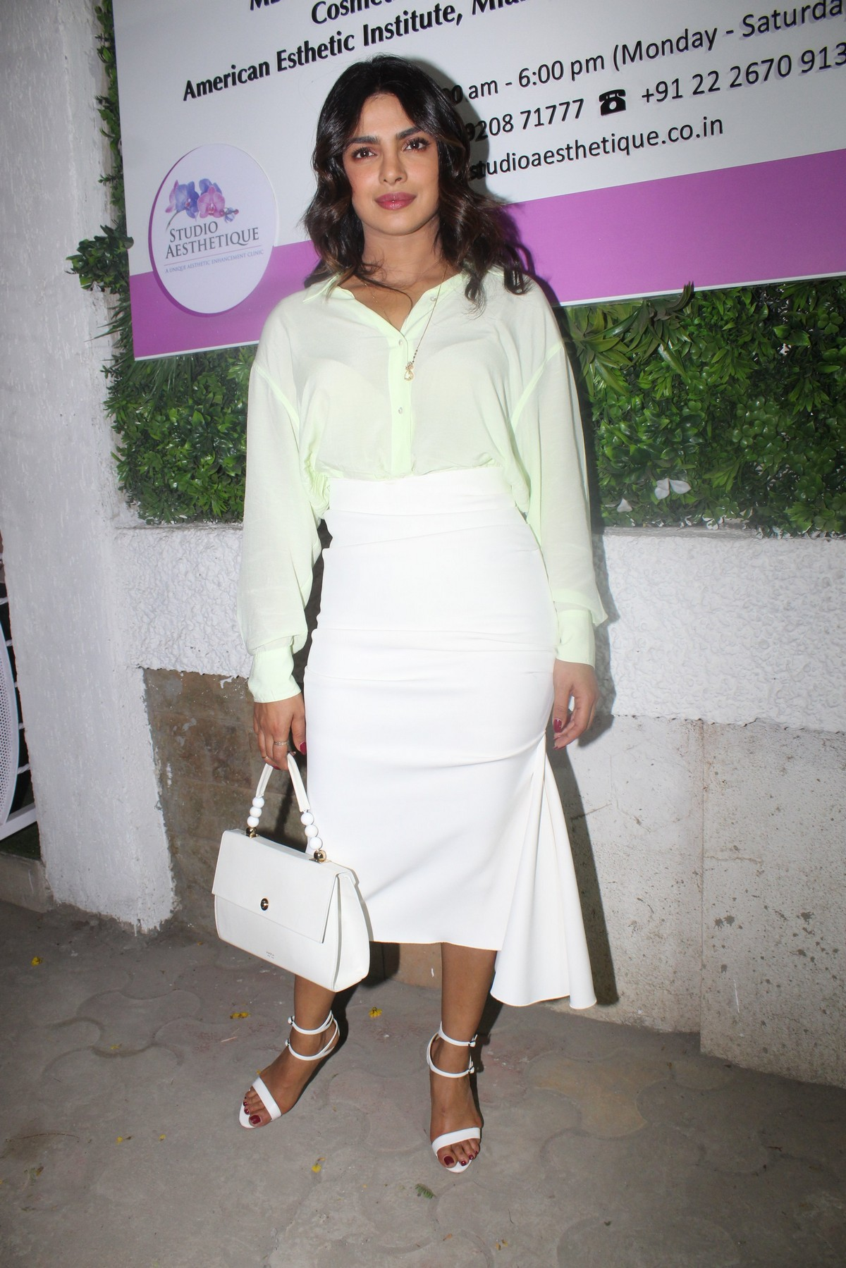 Priyanka Chopra at the opening of a clinic in Mumbai 2019/04/29 1
