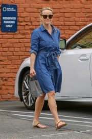Reese Witherspoon Out A SPA Session in Santa Monica 2019/04/28 1