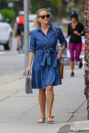 Reese Witherspoon Out A SPA Session in Santa Monica 2019/04/28 2