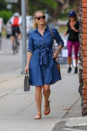 Reese Witherspoon Out A SPA Session in Santa Monica 2019/04/28 13