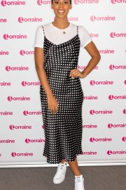 Rochelle Humes at Lorraine Show in London 2019/04/24 5