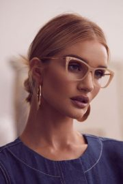 Rosie Huntington-Whiteley for BCBG MAX AZRIA Spring/Summer 2019 Campaign 2