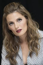 """Stana Katic at """"Absentia"""" Press Conference in Los Angeles 2019/04/26 1"""