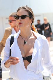 Alessandra Ambrosio in white outfit during 72nd Cannes Film Festival in Cannes 2019/05/14 6
