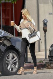 Ali Larter Out in Beverly Hills 2019/05/02 5