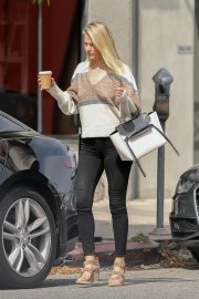 Ali Larter Out in Beverly Hills 2019/05/02 6
