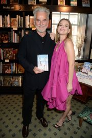 """Alice Eve at Launch of New Book """"Lomita For Ever"""" by Trevor Eve in London 2019/05/07 9"""