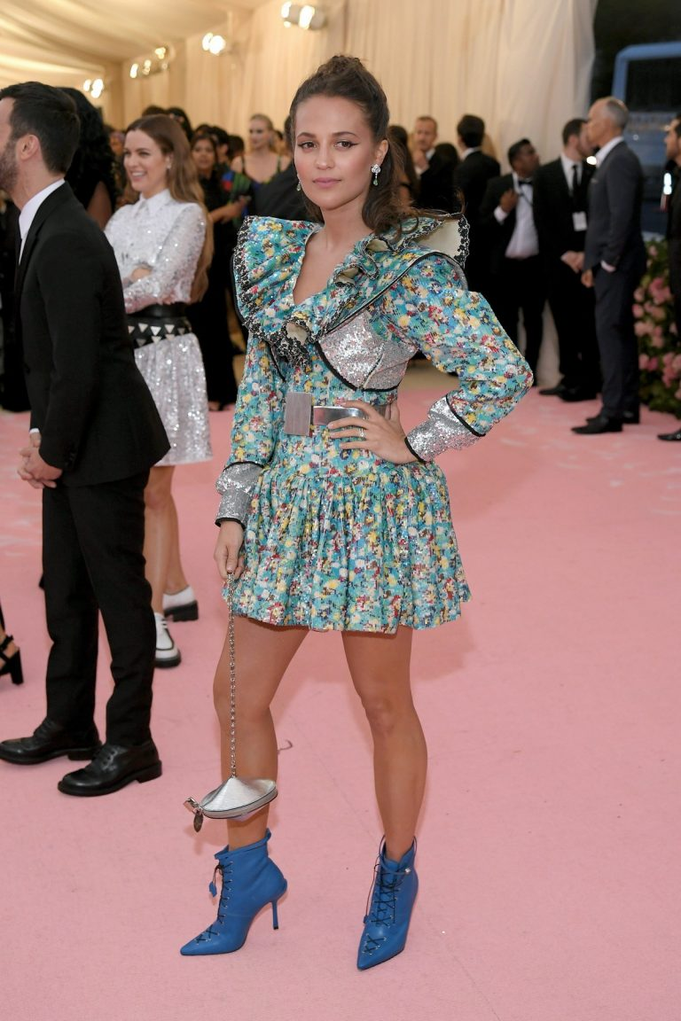 Alicia Vikander at 2019 Met Gala Celebrating Camp: Notes on Fashion in New York 2019/05/06 1
